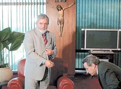 crucifixo_gabinete_02