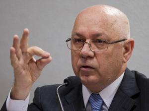Indicado para o cargo de ministro do Supremo Tribunal Federal (STF), o magistrado Teori Zavascki responde sabatina na Comissão de Constituição, Justiça e Cidadania (CCJ)