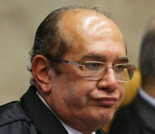 Bolsonaristas se calam diante da decisão de Gilmar Mendes para suspender ações contra Flávio Bolsonaro